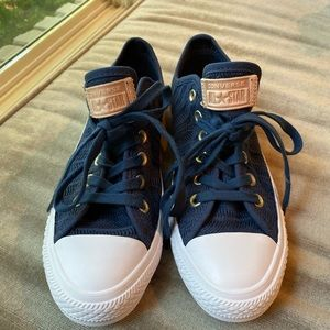 Never worn!  Converse all Star